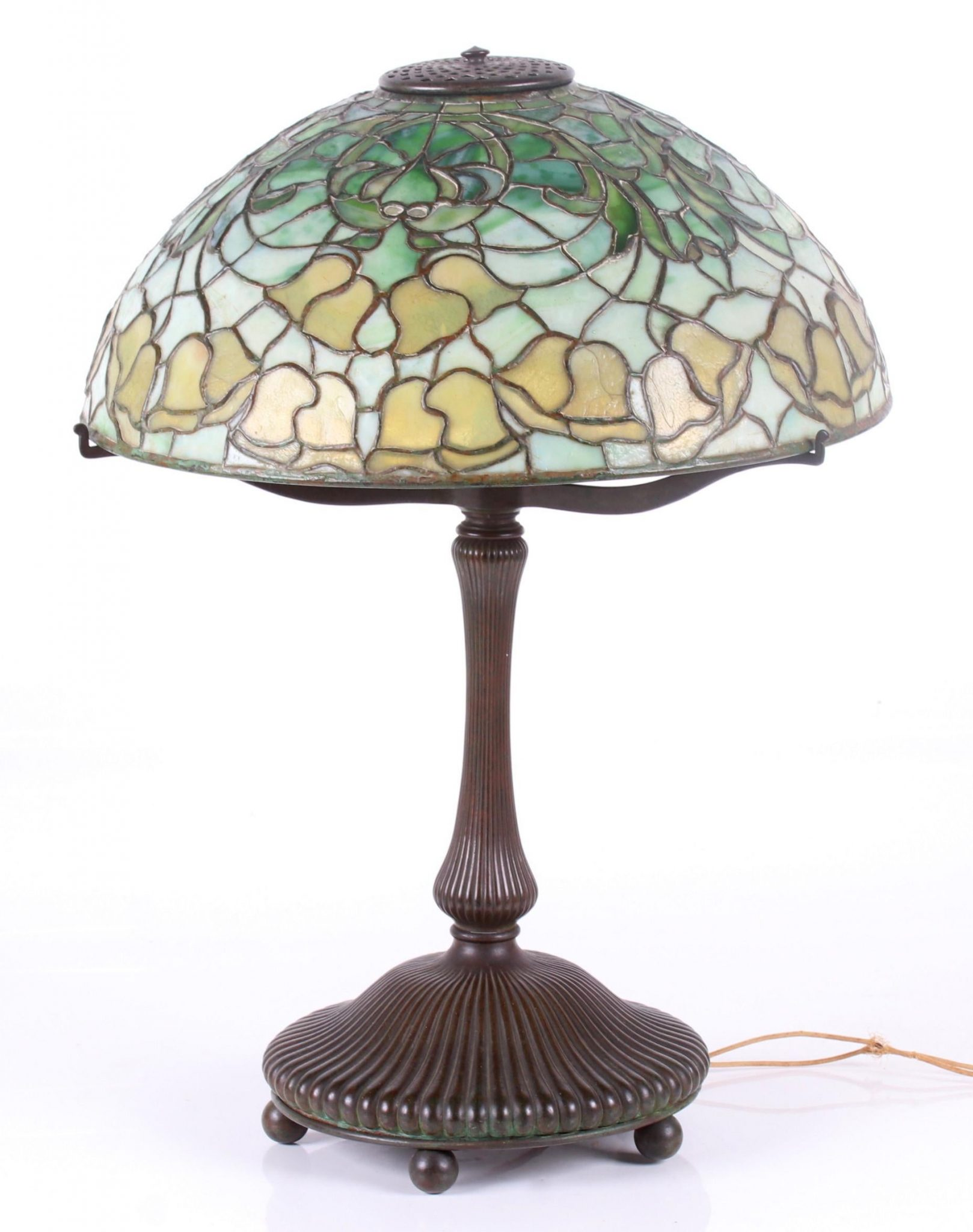 320022: Tiffany Studios Bellflower Table Lamp, Realized $7,000